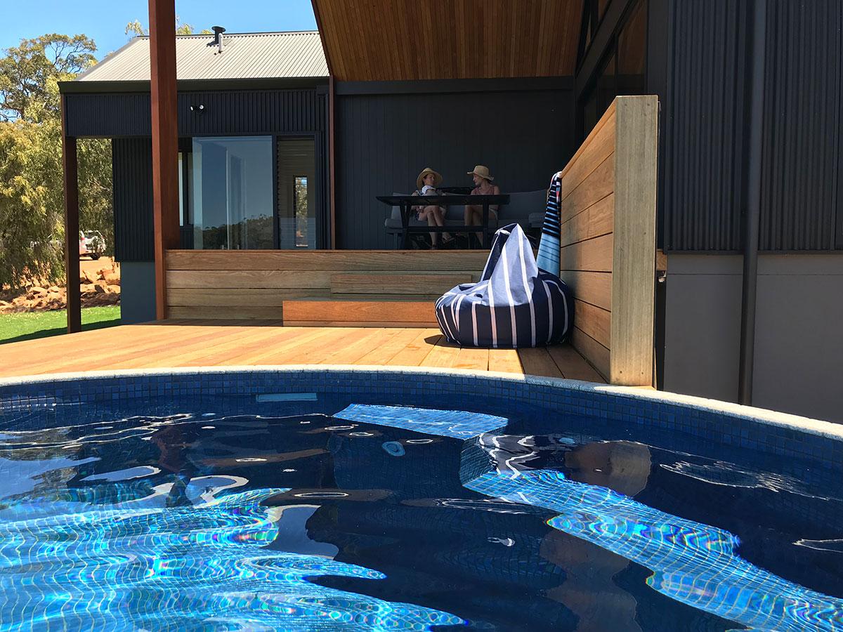 Circular plunge pool
