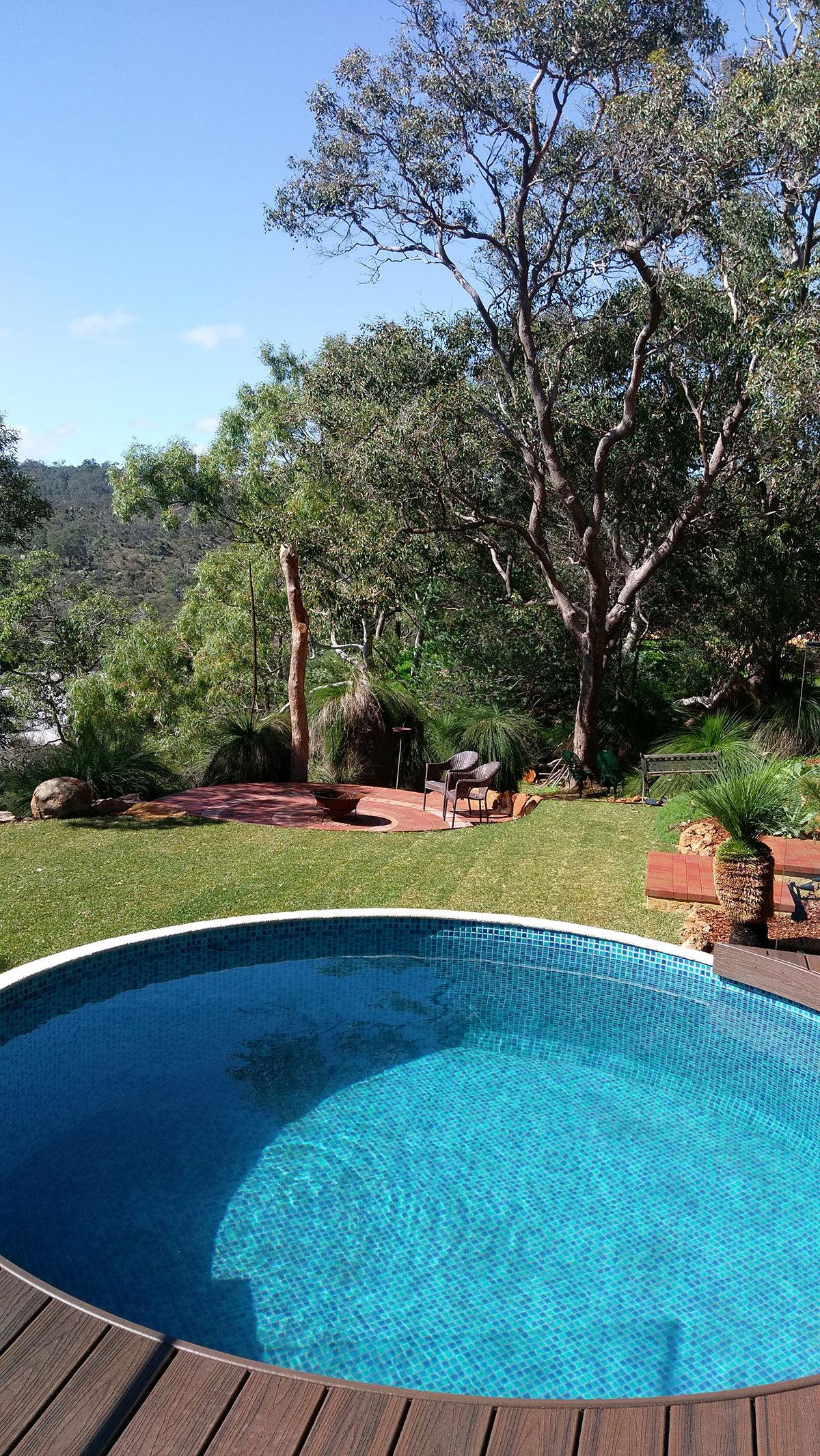 Swanview 3.48m circular pool